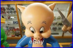 1990s WARNER BROTHERS STORE DISPLAY PORKY THE PIG HUGE STATUE LIFE SIZE RARE