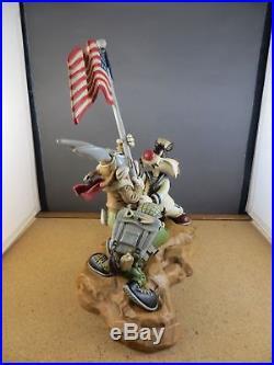Extremely Rare! Looney Tunes Bugs Bunny Taz Iwo Jima Victory Big Figurine Statue