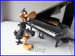 Extremely Rare! Looney Tunes Daffy Duck on Piano Leblon Delienne LE 3000 Statue