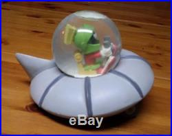 Extremely Rare! Looney Tunes Marvin the Martian Flying His UFO Fig Globe Statue