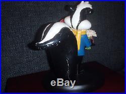 Extremely Rare! Looney Tunes Pepe Le Pew Ladies Man Figurine Statue 1994