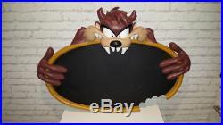 Extremely Rare! Looney Tunes Taz Tasmanian Devil Big 3D Menu Board Fig Statue