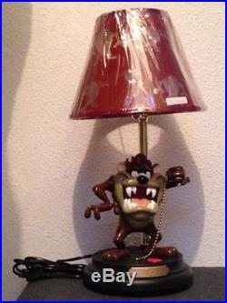 Extremely Rare! Looney Tunes Taz Tasmanian Devil Figurine Statue Table Lamp