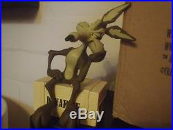 Extremely Rare! Looney Tunes Wile E Coyote on Dynamite Crate LE Figurine Statue