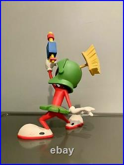 Extremely Rare! Marvin the Martian with Lasergun Leblon Delienne Figurine Statue