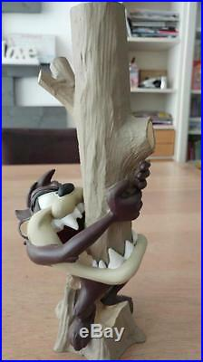 Extremely Rare! Taz Tasmanian Devil Eating a Tree Demons & Merveilles Statue