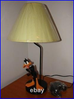 Extremely Rare! Warner Bros Looney Tunes Daffy Duck RUTTEN Table Lamp Statue NEW