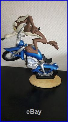 Extremely Rare! Wile E Coyote on Motorcycle Demons & Merveilles LE of 3502 Statu