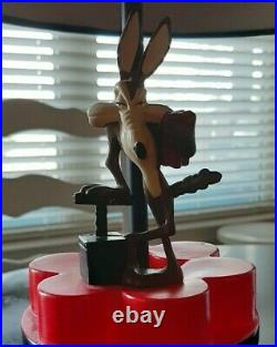 Extremely rare! Wile E. Coyote Dynamite Lamp black red Looney Tunes Warner Bros