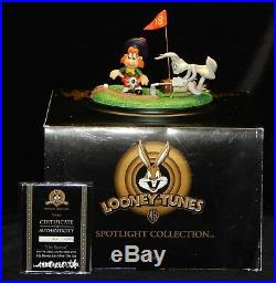 Goebel Rare Looney Tunes Spotlight Coll. OFF KILT-ER LT120 COA NIB Kilter #356