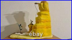 Huge Warner Bros Looney Tunes Wile E Coyote & Road Runner Statue VERY RARE