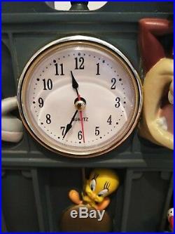 Looney Tunes Characters Hard Resin Clock 1997 Warner Brothers Studio Store Rare
