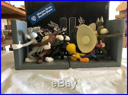 Looney Tunes Classic Character Bookends Rare Collectible New out of Box