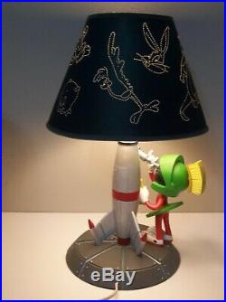 MARVIN THE MARTIAN Lamp Warner Bros. Store Exclusive. VERY RARE. Works