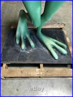 Michigan J. Frog Life Size Statue Warner Brothers Store Display Very Rare