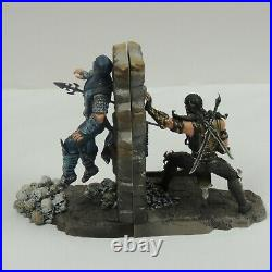 Mortal Kombat Sub Zero and Scorpion Bookends Collector's Edition / Rare