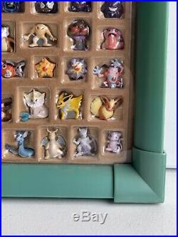 Pokemon Hasbro Mini Figures Display Case Complete 152 figures Toy Frame Rare