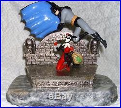 RARE BATMAN & HARLEY QUINN BANK OF GOTHAM STATUE Warner Bros 1996 Ron Lee 41/500