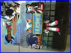 RARE SONIC X ROUGE ACTION FIGURES WITH CHAOS EMERALD 5 Figure MINT ON CARD
