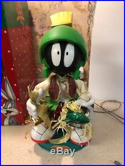 Rare 18.5 MARVIN ALIEN spaceship Matrix Animated Looney Tunes Christmas