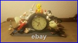 Rare 1994 Warner Bros Mantle Clock Working Bugs Tweety Tazz Sam REPAIRED