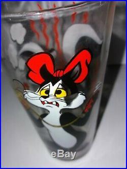 Rare Pepe Le Pew Penelope Warner Bros 1976 Pepsi Glass