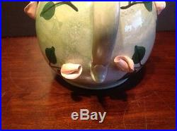 Rare Teapot By Laraine Eggleston Looney Tunes Pepe Le Pew & Penelope In Rose Bed