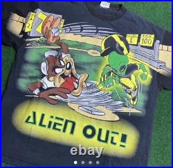 Rare Vintage 1998 Taz Looney Tunes Warner Bros Alien Out All Over Shirt