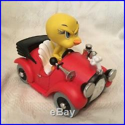 Rare Warner Bros Looney Tunes Tweety in Red Car Figurine Statue-MIB