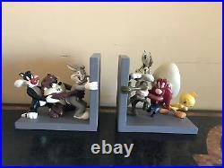 Rare Warner Bros Store Looney Tunes Bookends
