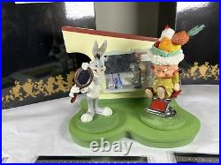SET LOONEY TUNES SPOTLIGHT COLLECTION GOEBEL Matching Numbers Nos Extremely Rare