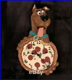 Very Rare Vintage 1997 Warner Bros. Studios Scooby Doo Pizza Wall Clock