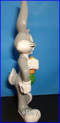 Vintage 1998 Rare 27 Bugs Bunny Resin Statue Warner Bros Studios Looney Tunes