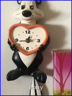 Vintage Rare! Pepe Le Pew Warner Brothers Swing Tail Clock Eye Movement Works