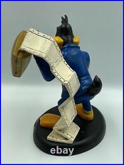 Vintage Warner Bros Store Daffy Duck Workaholic Statue & Box Rare 1994