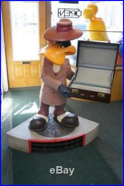 Warner Brothers Daffy Duck Watch Salesman Rare Statue Store Display Life Size