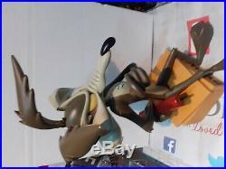 Wile E Coyote Looney Tunes Rare `Road Runner`