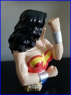 Wonder Woman Limited Edition Ceramic Cookie Jar DC Comics Warner Bros. Rare! #51